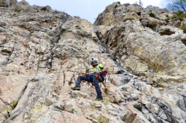 Escalada en Peña de Bernal (Grapas) | Salida desde Querétaro