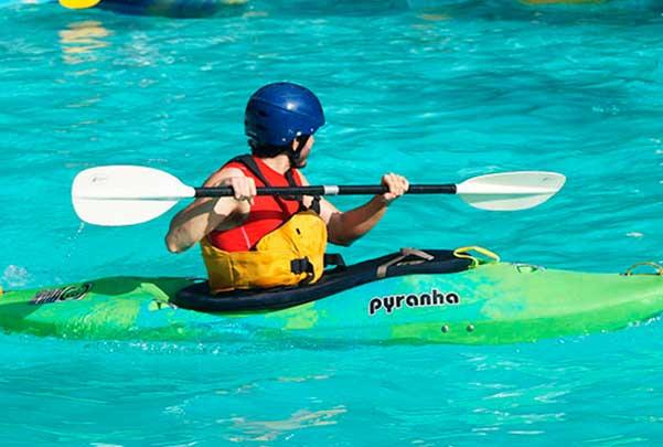 Cursos de kayak de río