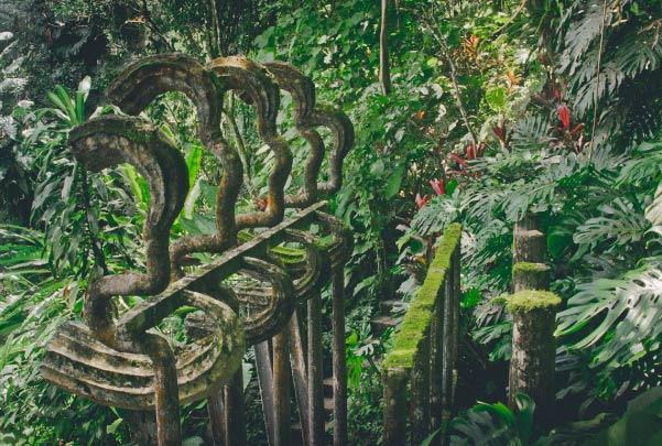 Jardín Surrealista en Xilitla y Sótano de las Huahuas