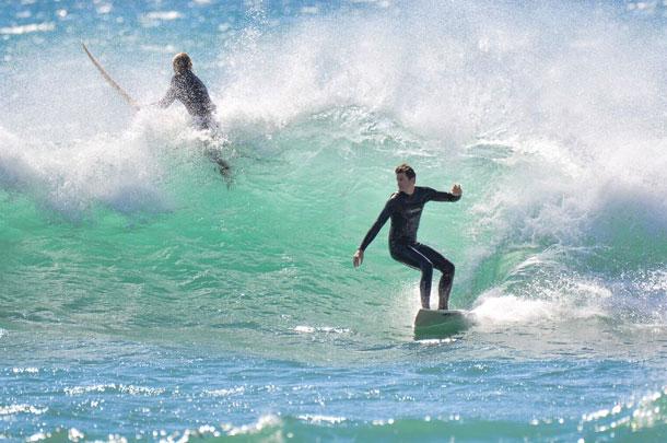Lecciones de surf en Costa Azul (verano)