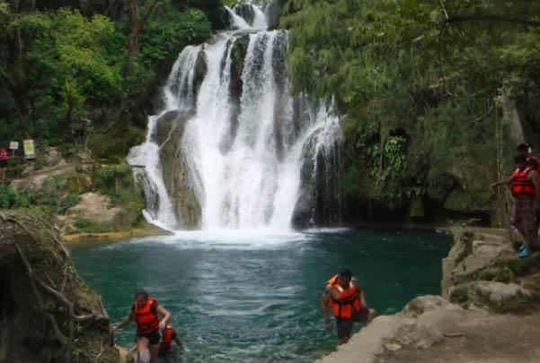 Tour a Puente de Dios y Cascadas de Tamasopo